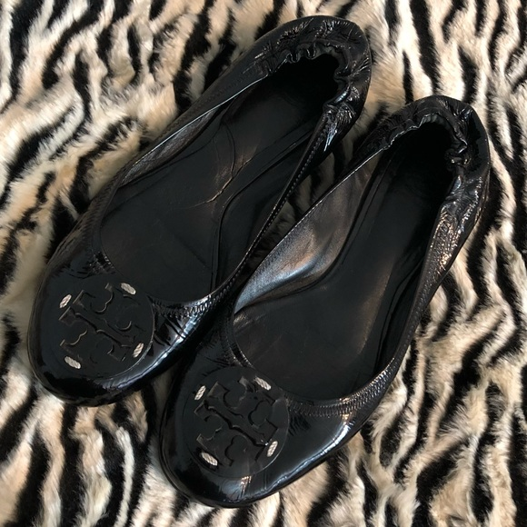 Tory Burch Shoes - Women's Tory Burch Black Patent Leather Reva Flats